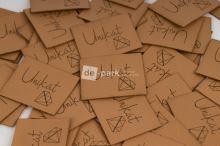 Koženkový štítek - UNIKÁT - velbloudí