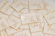 Koženkový štítek - UNIKÁT - bílá