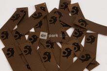 Koženkový štítek - PŘES OKRAJ - PTÁČEK - bronzová