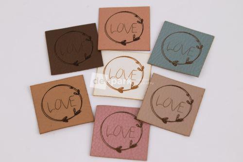 Koženkový štítek - LOVE