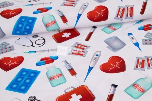 DESIGNED BY DE-PARK - Úplet - Lékaři a sestřičky