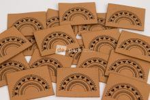 Koženkový štítek - DUHA - velbloudí