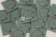 Koženkový štítek - LOVE - mint