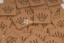 Koženkový štítek - KORUNKA - velbloudí